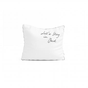 Biała poszewka z haftem Let's stay in bed